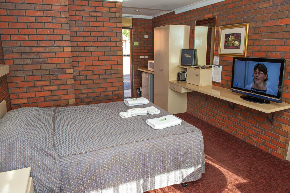 Motel double Motel Room Maryborough 7