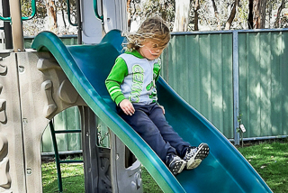 Golden Country Caravan Park Maryborough, Kids playground and slide
