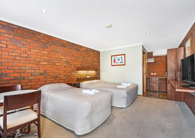 MOTEL Family Room at Golden Country Maryborough